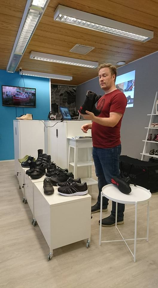 Timo Takkinen, erityisjalkine, Klaveness